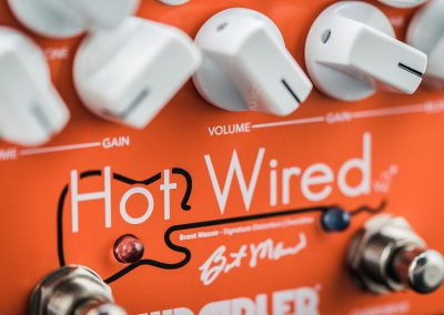 Wampler-Hot-Wired-Close-Up2.jpg